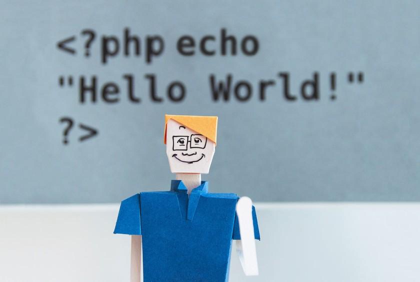 PHPはプログラミング初学者でも始めやすい!具体的になにができる?